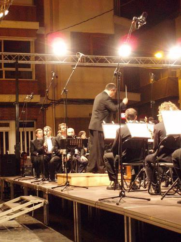 g2006_24_32_concierto31_jpg