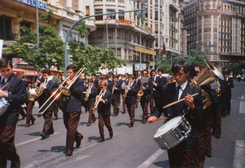 1994_Valencia_3_desfile